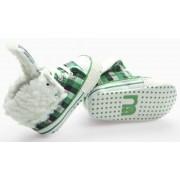 รองเท้าเด็กลายสก็อตเขียวดำขาว